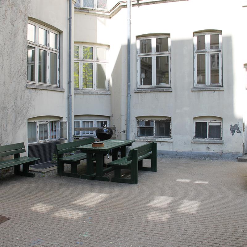 Baglandet København - gården